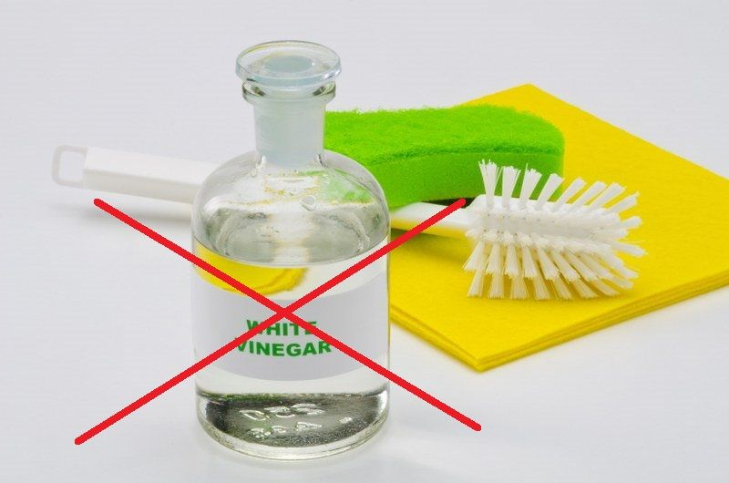 things that shouldn't be cleaned with vinegar
