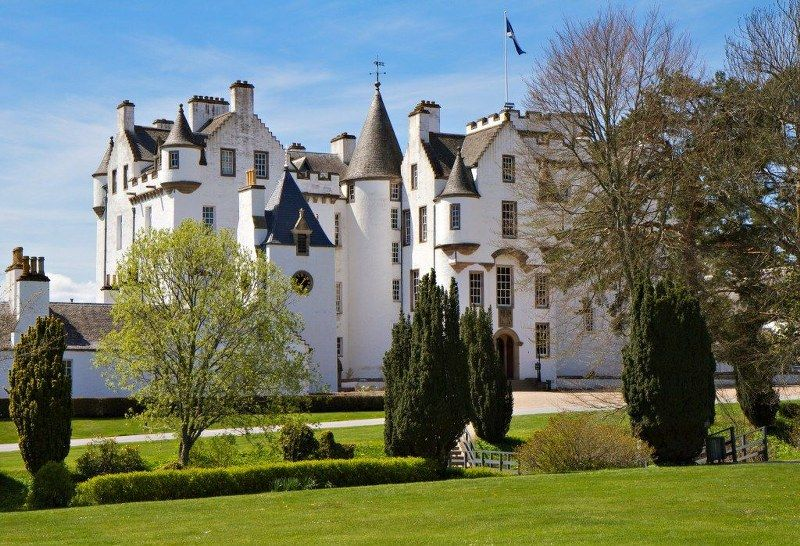 10_historic_places_to_stay_in_the_UK-Atholl_Palace_1024x699_800x546