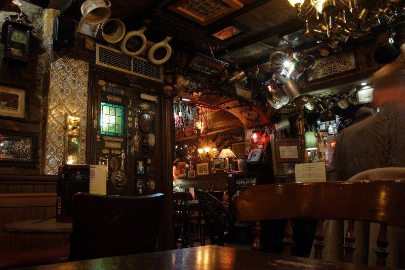 London's Greatest Pubs