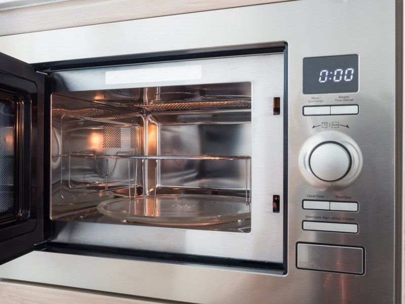 clean microwave oven