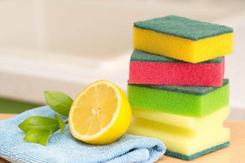 bathroom cleaning using lemon