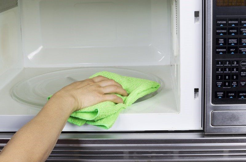 microwave oven cleaning