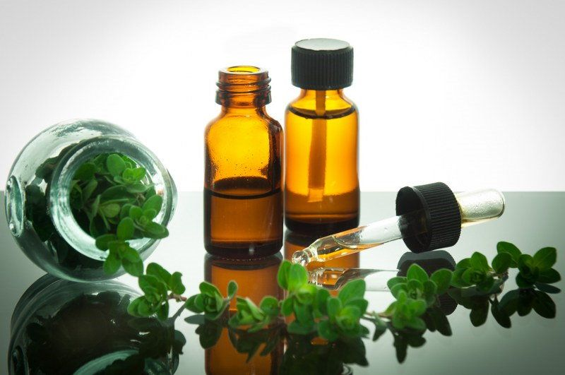 home cleaning with thyme oil