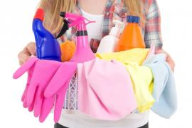 7 Indispensable Tools for Your Cleaning Arsenal
