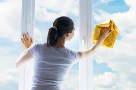Learn How to Clean Your Windows Like a Pro