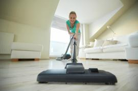 The Best Strategies for Vacuuming and Mopping Your Floors