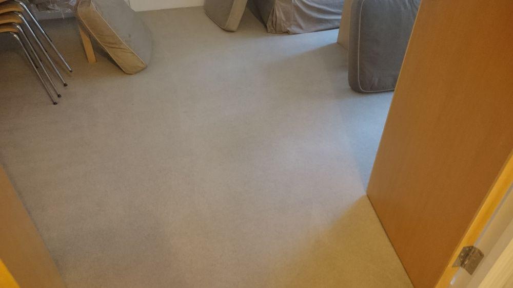 flat cleaners W1